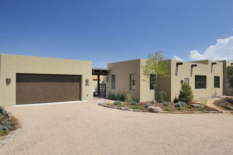 Photo of 3096 Monte Sereno Dr # 16, Santa Fe, NM 87506