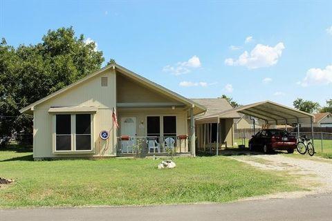 911 Noah St, Mansfield, TX 76065