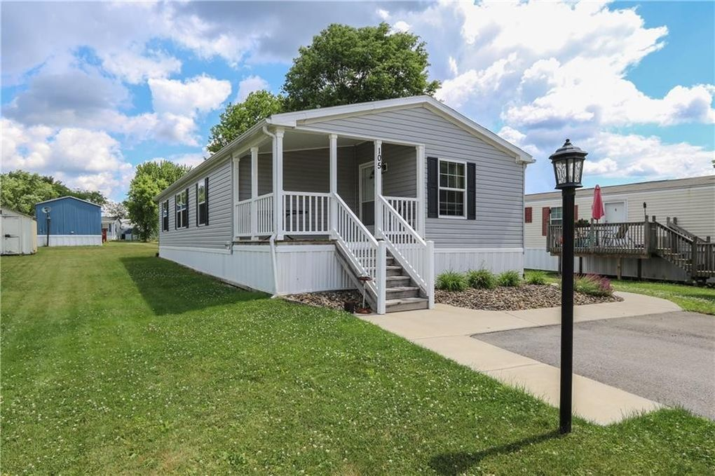 105 Treesdale Dr Cranberry Township, PA 16066