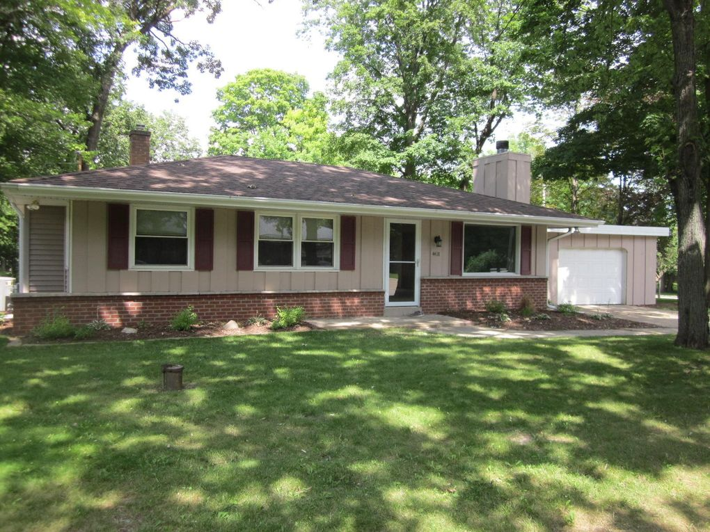 4418 W Upham Ave Greenfield, WI 53220