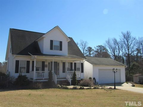 Photo of 139 Darryl Dr, Four Oaks, NC 27524