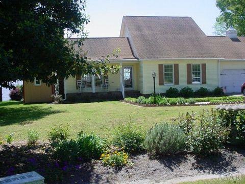 124 Country Club Dr, Edenton, NC 27932