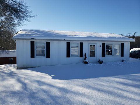 4493 Ballard-red Sulphur Pkwy, Peterstown, WV 24963