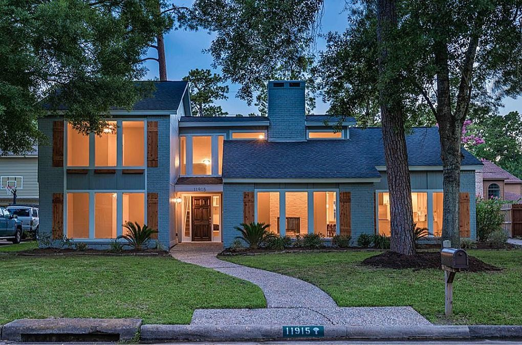 11915 Cypresswood Dr, Houston, TX 77070