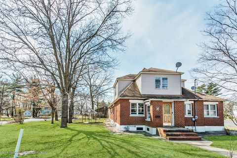 Photo of 1040 Central Ave, Lakewood, NJ 08701