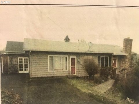 Photo of 100 K St, Columbia City, OR 97018