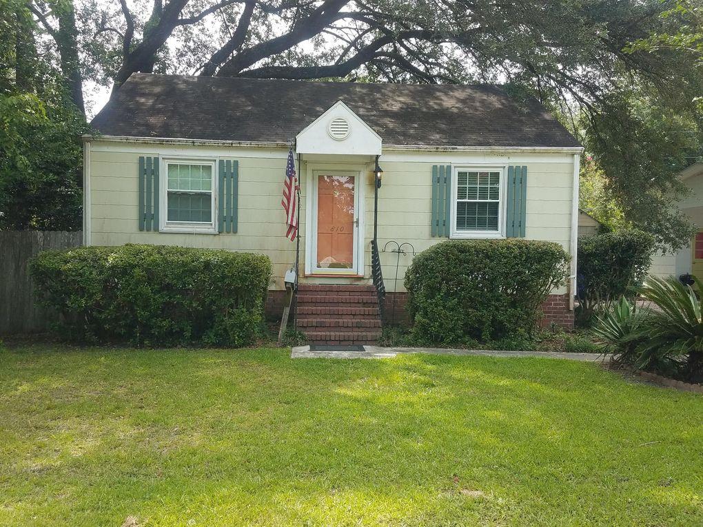 4810 Parkside Dr North Charleston, SC 29405