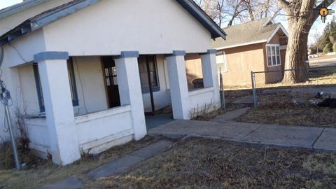 Photo of 806 S 1st St, Clayton, NM 88415