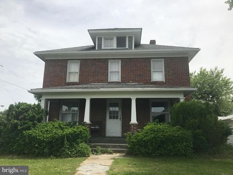 Photo of 5494 Dry Run Rd, Martinsburg, WV 25401