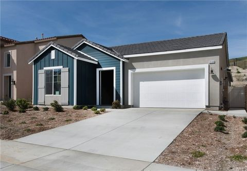 25159 Golden Maple Dr, Canyon Country, CA 91387
