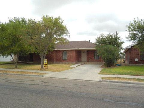 1638 Nelly Mae Glass Dr, Eagle Pass, TX 78852