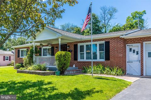 Photo of 5 Clark Ave, Thurmont, MD 21788
