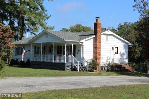 17226 Neale Rd, Cobb Island, MD 20625