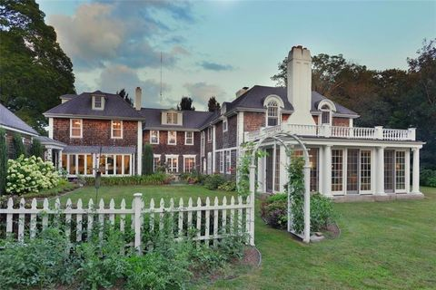 Tiverton ri 5 bedroom homes for sale realtor 68 indian point rd tiverton ri 02878 sciox Image collections