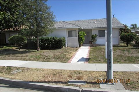10652 Arleta Ave, Mission Hills, CA 91345
