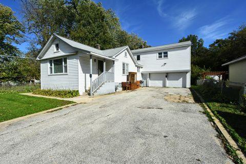 Photo of 2916 Oakwood Ave, Mchenry, IL 60051