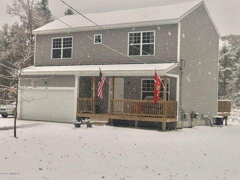 Photo of 459 W Lakewood Rd, Twin Lake, MI 49457