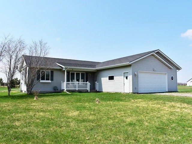 S2715 Oakbrook Ct Marshfield, WI 54449