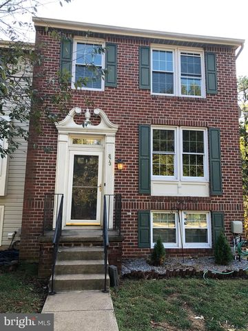 Photo of 873 Chestnutview Ct, Chestnut Hill Cove, MD 21226
