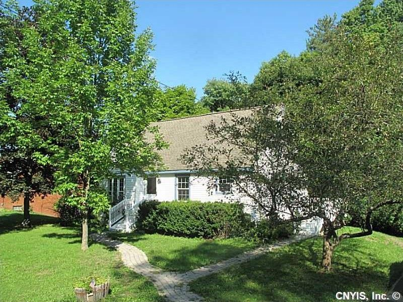 4110 Bishop Hill Rd Marcellus, NY 13108
