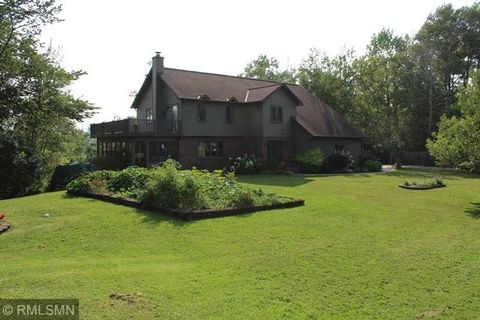 Photo of 41321 Chasewood Rd, Deer River, MN 56636