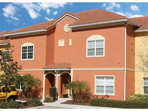8957 Majesty Palm Rd, Kissimmee, FL 34747