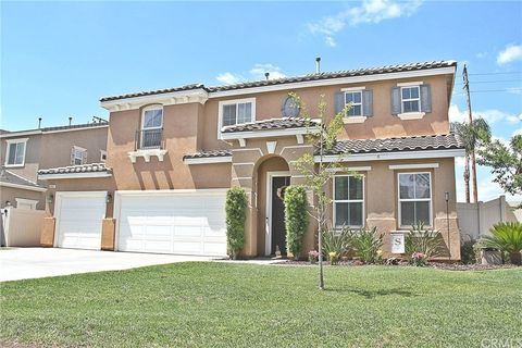 Photo of 660 Crystal Springs Ln, Redlands, CA 92374