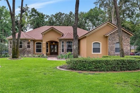 Photo of 8190 Narrow Leaf Pt, Sanford, FL 32771
