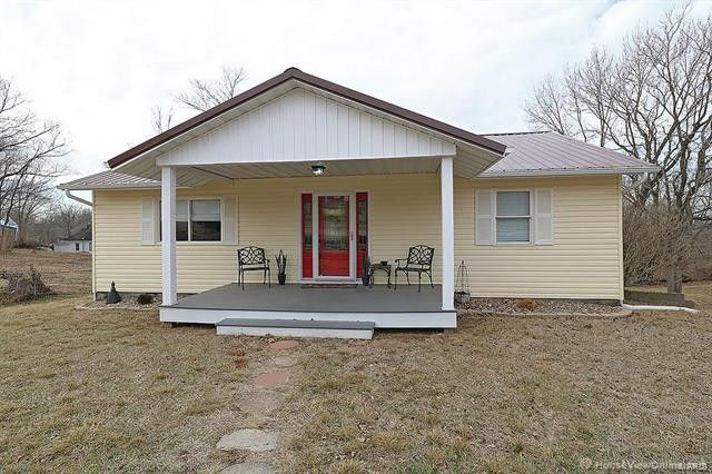 605 Main St, Leadwood, MO 63653