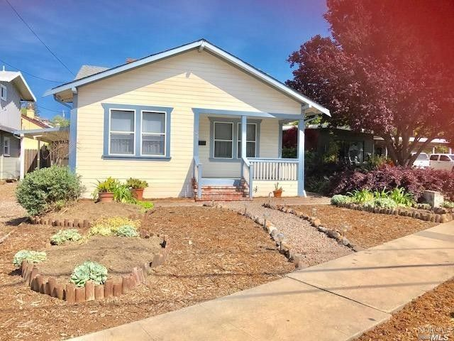 705 Mountain View Ave, Petaluma, CA 94952