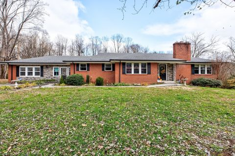 Photo of 558 Park Rd, Caryville, TN 37714