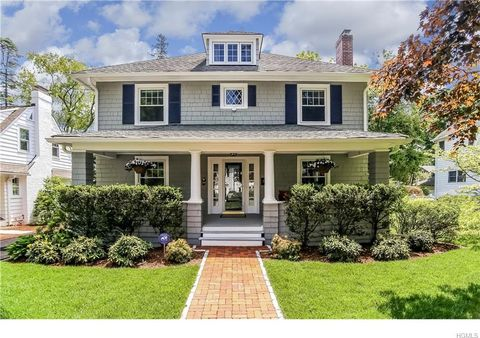 268 Nelson Rd, Scarsdale, NY 10583