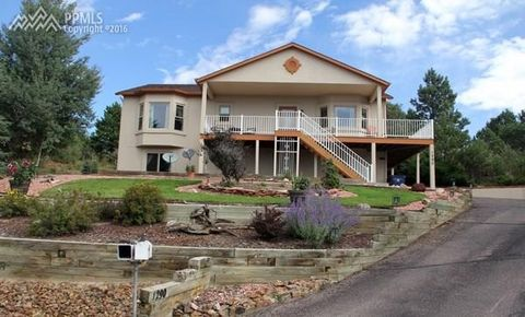 1290 S Park Dr, Monument, CO 80132