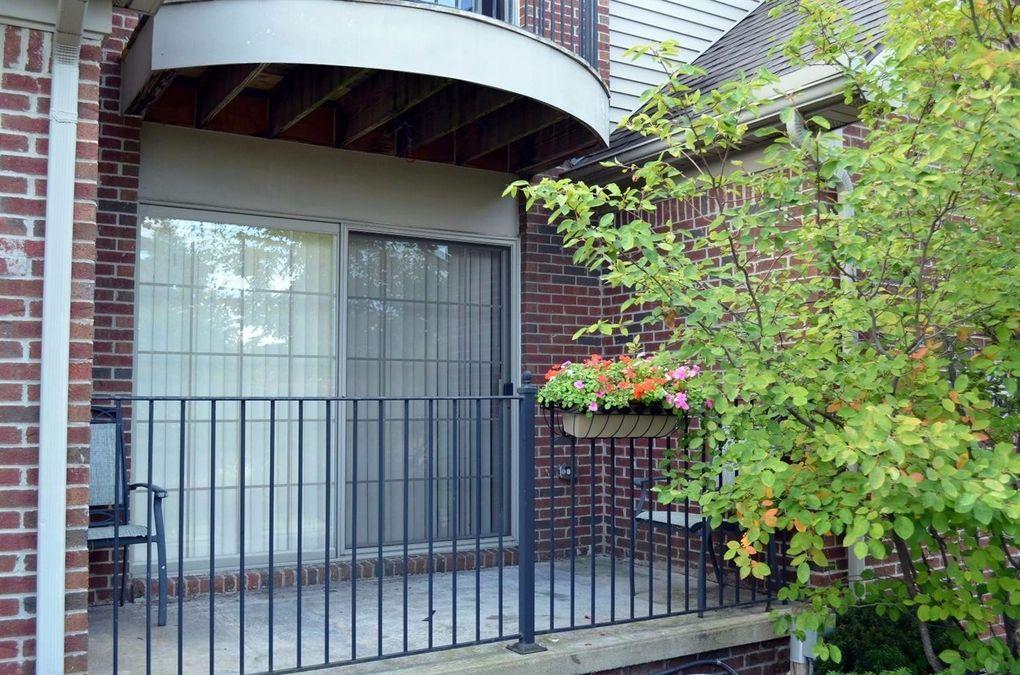 2910 Signature Blvd, Ann Arbor, MI 48103