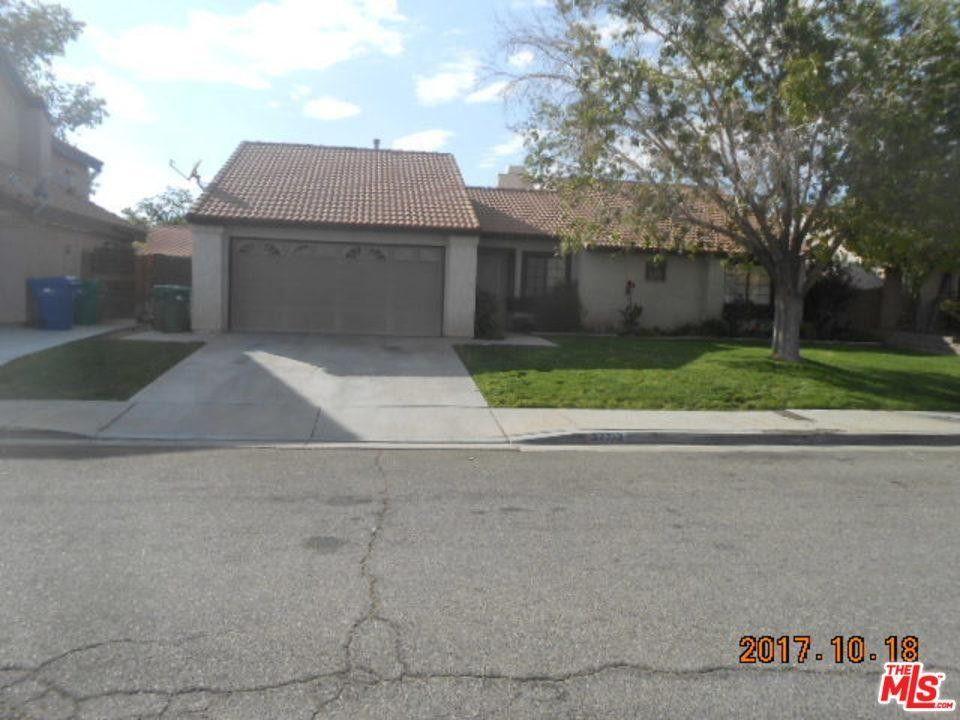 37713 Blazing Star St Palmdale, CA 93552