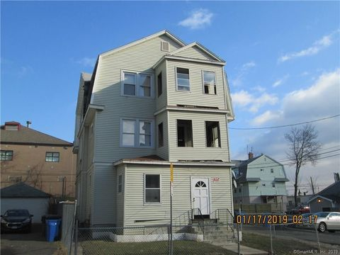 102 Adams St, Hartford, CT 06112