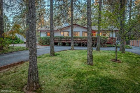 Photo of 16960 Charles Way, Grass Valley, CA 95949