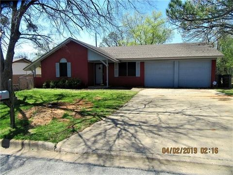 Photo of 1411 Morrison Dr, Denison, TX 75020
