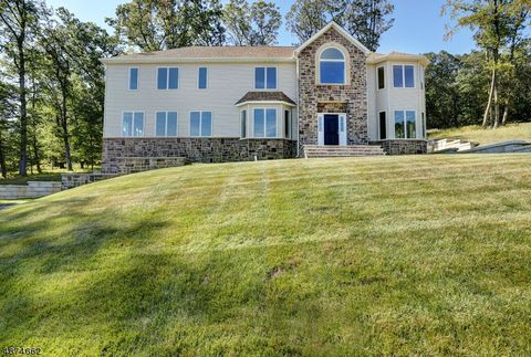 Photo of 24 Beverly St, Parsippany Troy Hills Township, NJ 07950