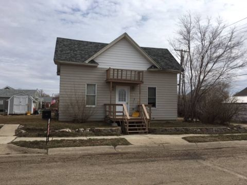 Photo of 515 5th St S, Glasgow, MT 59230