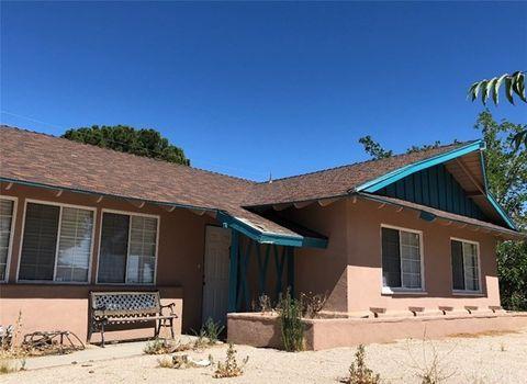 38621 Desert View Dr, Palmdale, CA 93551