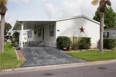 3115 Shady Creek Dr, Zephyrhills, FL 33543