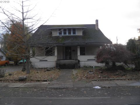 Photo of 382 Kirk Ave, Brownsville, OR 97327