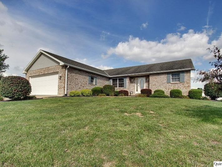 2524 lindsey ct quincy il 62305 home for sale real