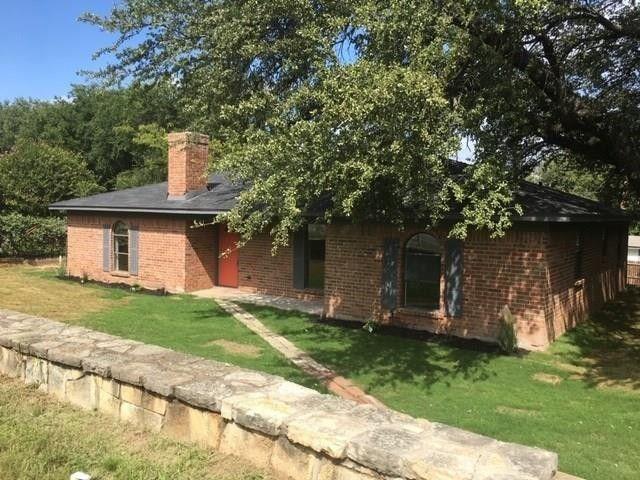 3705 Valley Ridge Dr, Granbury, TX 76048