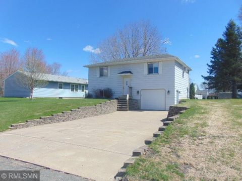 Photo of 204 1st St, Somerset, WI 54025