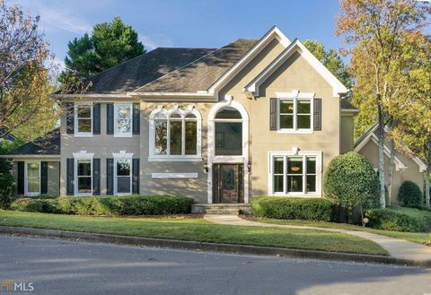 Photo of 760 Clubside Dr, Roswell, GA 30076