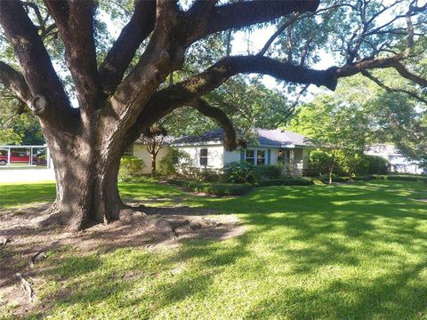 Photo of 406 George St, Alvin, TX 77511