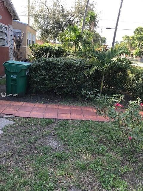 1980 Nw 48th St, Miami, FL 33142