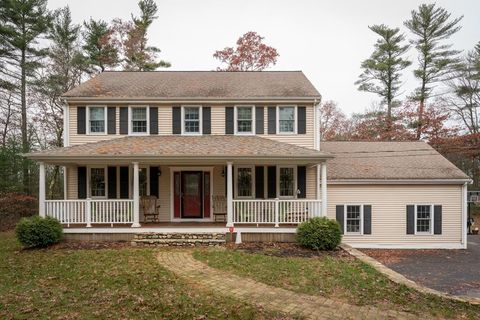 Photo of 35 Rochester Rd, Carver, MA 02330
